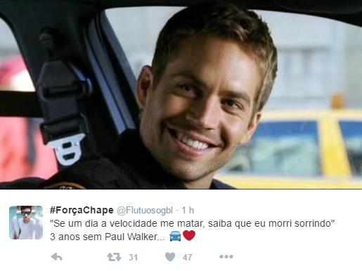 Fãs prestam homengem a Paul Walker (Foto: Reprodução/Twitter)