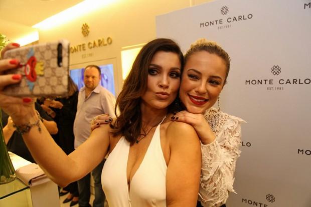 Flávia Alessandra e Paolla Oliveira (Foto: Antonio Chequer)