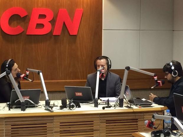 O candidato à prefeitura de São Paulo, Celso Russomanno (PRB), deu entrevista à Rádio CBN nesta quinta-feira (Foto: Jean Raupp/TV Globo)