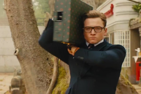 Uma cena do trailer da continuação de Kingsman (Foto: Reprodução)