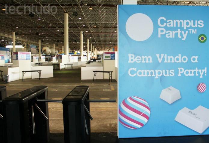 Ainda não tem ninguém entrando, mas a Campus Party espera mais de 160 mil visitantes (Foto: Renato Bazan/TechTudo)