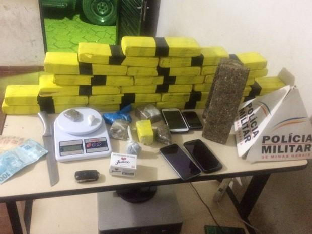 drogas Patrocínio (Foto: Polícia Militar/Divulgação)