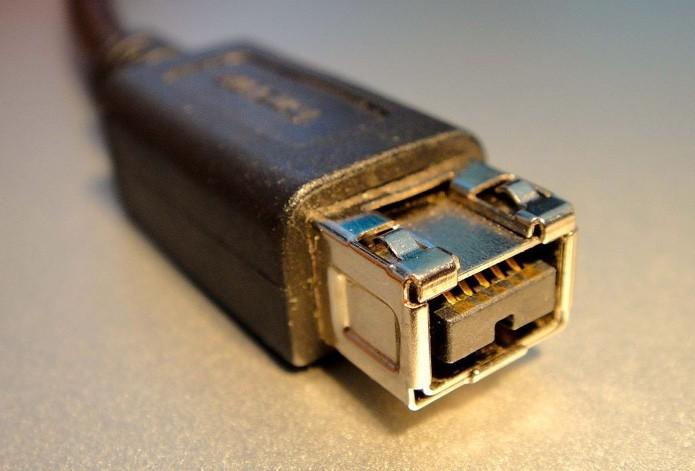 firewire-cabo-da-apple (Foto: Conheça tudo sobre a conexão FireWire (Foto: Reprodução/Creative Commons))