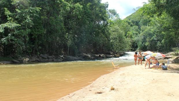 Matilde tem 'praia' de água doce e cachoeiras; conheça as opções (Juliana Borges/G1 ES)