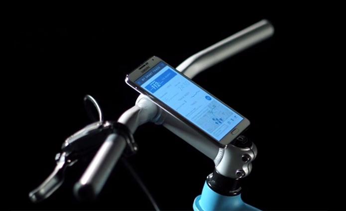 Bicicleta inteligente tem GPS, Bluetooth, Wi-Fi e recebe comandos pelo celular (Foto: Divulgação/Samsung Maestros Academy)