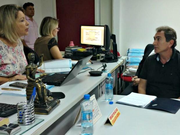 Ex-secretário Pedro Nadaf, durante interrogatório presidido pela juíza Selma Arruda (Foto: Lislaine dos Anjos/G1)
