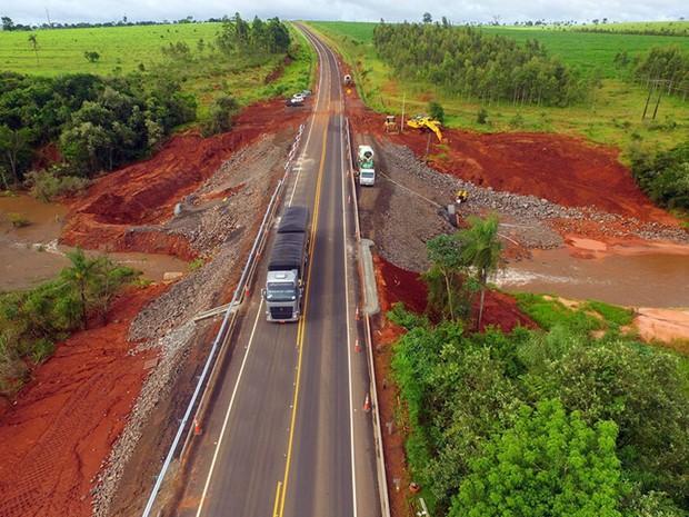 Trecho foi reconstruído após desmoronar em dezembro por causa das chuvas (Foto: Divulgação/ CCR MSVia)