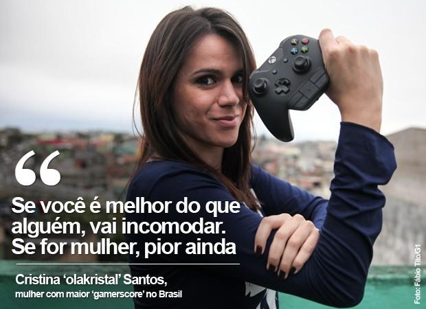VALE ESTE Cristina Santos, a 'olakristal', é a mulher com maior pontuação de conquistas de Xbox no Brasil: 245 mil pontos... e contando (Foto: Fábio Tito/G1)