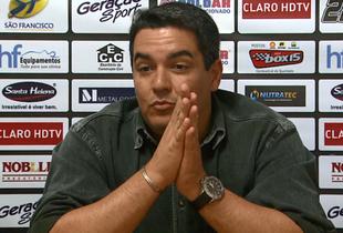 Tuca Guimarães, técnico do Comercial (Foto: Ronaldo Gomes / EPTV)