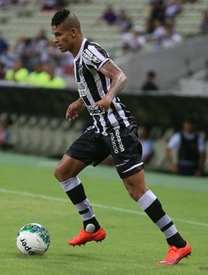 Thallyson, lateral esquerdo do Ceará (Foto: Divulgação/Cearasc.com)