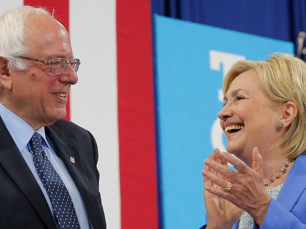 Bernie Sanders anunciou apoio a Hillary Clinton, sua rival na disputa democrata (Foto: Reuters/Brian Snyder)