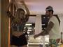 Ex-BBB Adriana mostra ótima forma em vídeo de dança com Rodrigão
