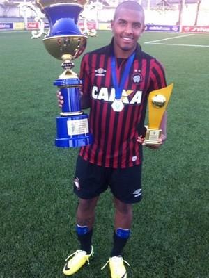Marco Damasceno, destaque das categorias de base do Atlético-PR (Foto: Reprodução/ Instagram)