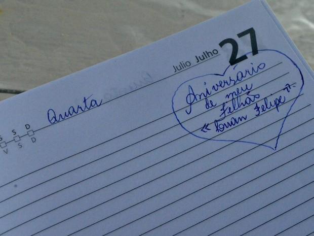 Anotações vão desde coisas banais a datas importantes, como o aniversário de familiares (Foto: Anny Barbosa/G1)