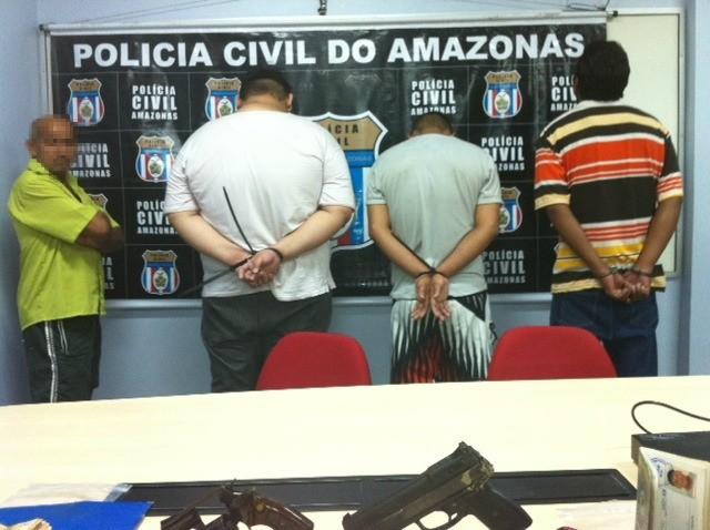 Cinco pessoas foram detidas (Foto: Ana Graziela Maia/G1 AM)