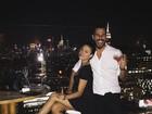 Isis Valverde usa rede social para dar os parabéns para o namorado