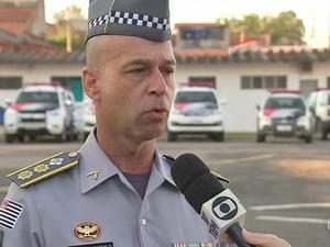 Tenente Coronel Marcelo Amaral afirma que a Polícia Militar irá investigar o caso (Foto: Reprodução/TVTEM)