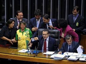 O presidente da Câmara, Henrique Alves, agendou a votação do piso salarial dos agentes de saúde em troca da desobstrução da pauta (Foto: Luis Macedo / Câmara dos Deputados)
