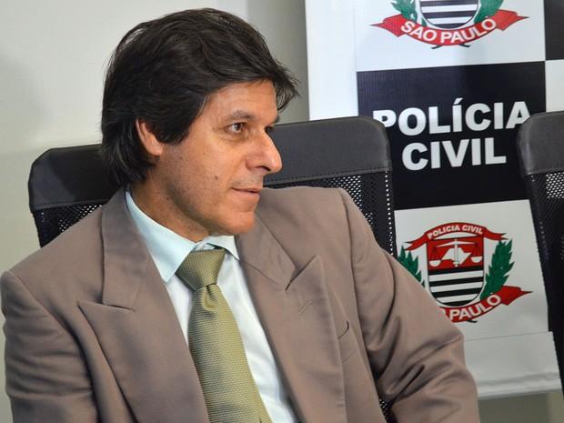 O delegado Mário José Gonçalves explica como a Coaf criou nova cooperativa para continuar fraudes (Foto: Adriano Oliveira/G1)