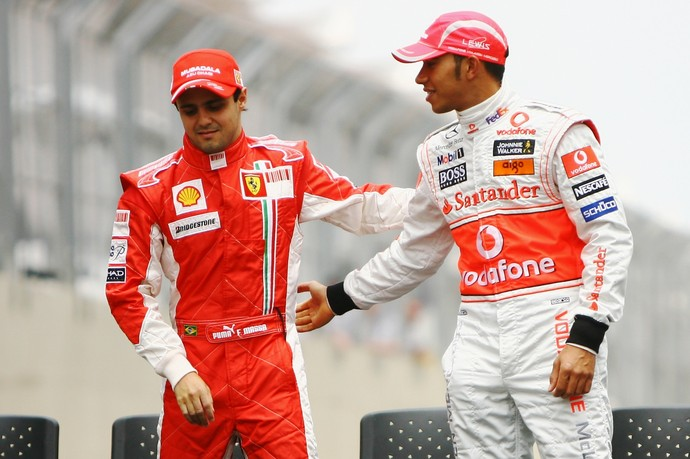 Felipe Massa e Lewis Hamilton foram grandes rivais em 2008. Naquele ano, título ficou com o britânico após etapa emocionante em Interlagos (Foto: Getty Images)