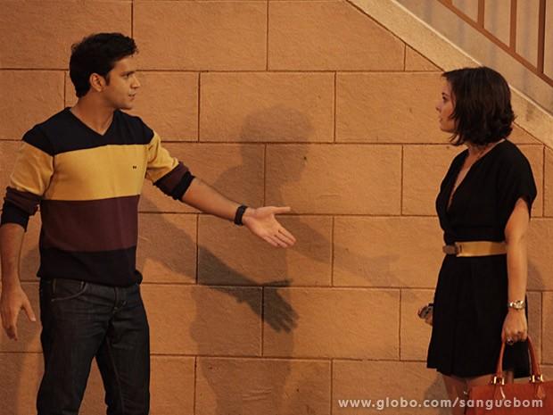 Érico discute com Renata (Foto: Sangue Bom / TV Globo)