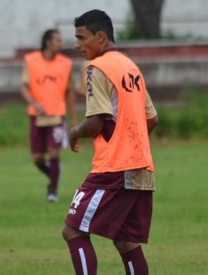 Já recuperado, Rafael treinou com o time titular (Foto: Felipe Martins/GLOBOESPORTE.COM)