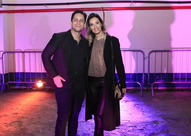 Rainer Cadete e a namorada, Taianne Raveli (Foto: Anderson Barros/EGO)