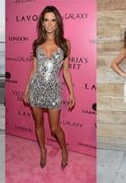 ENQUETE: Vote na famosa mais bem-vestida da última semana