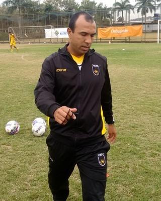 Felipe Surian tem 16 jogos de invencibilidade à frente do Voltaço (Foto: Pedro Borges/Fair Play Assessoria)