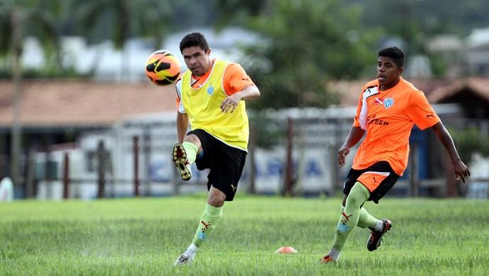 Vanderson e Jô - volante e atacante do Paysandu (Foto: Akira Onuma/O Liberal)