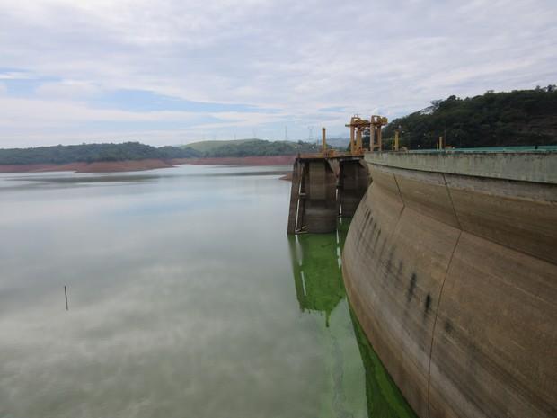 Reservatório de funil está com menos de 4% de sua capacidade (Foto: Marcelo Elizardo/ G1)