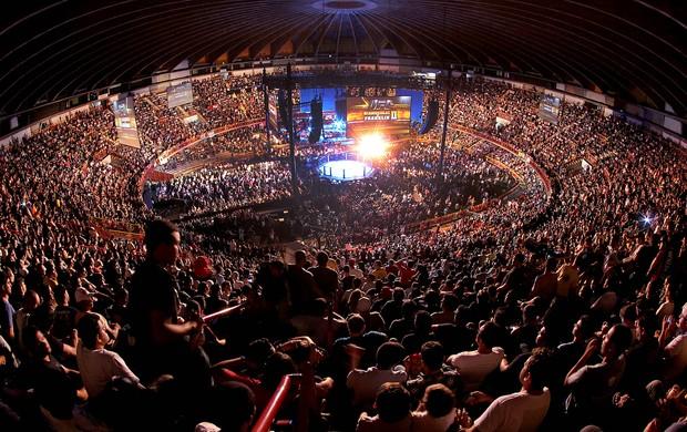 Mineirinho lotado para o UFC 147 (Foto: Inovafoto/Divulgação/UFC)