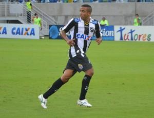 Rogerinho - meia do ABC (Foto: Jocaff Souza/GloboEsporte.com)