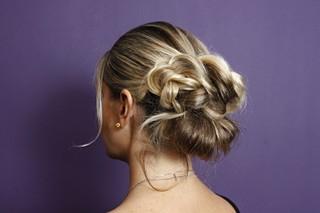 Penteado para o verão: preso estiloso (Foto: Celso Tavares/EGO)
