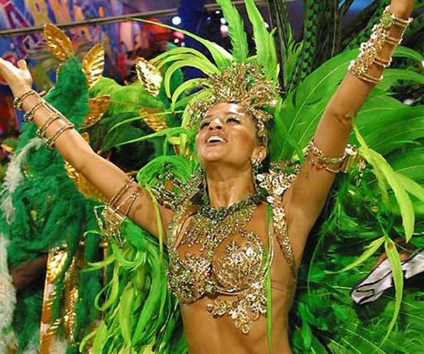 Galeria Reis do Carnaval - Grazi Massafera (Foto: AgNews)