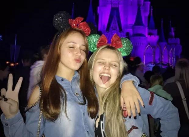 Mharessa Fernanda e Larissa Manoela (Foto: Reprodução/Instagram)