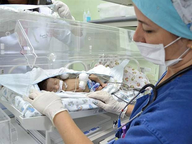 Redes ajudam desenvolvimento de recém-nascidos. (Foto: Jorge Magalhães/ Divulgação)