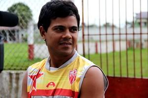 Joel Campelo, volante do Rio Branco (Foto: João Paulo Maia)