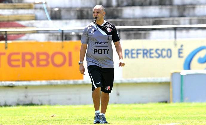 Oliveira Canindé Sport (Foto: Aldo Carneiro / Pernambuco Press)