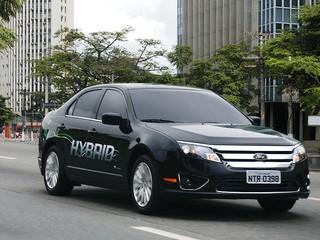 Ford Fusion Hybrid (Foto: Ford)