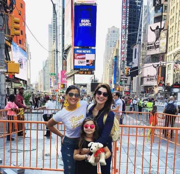 Flávia Alessandra, Giulia e Olivia, em NY (Foto: reprodução/Instagram)
