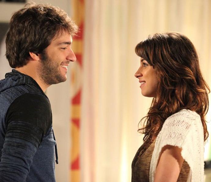 Chandelly e o namorado Humberto Carrão em cena de Geração Brasil, quando interpretaram Davi e Manu (Foto: Carol Caminha/Gshow)