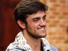 Felipe Simas revela que planeja carreira musical: 'Quero realizar meu sonho'