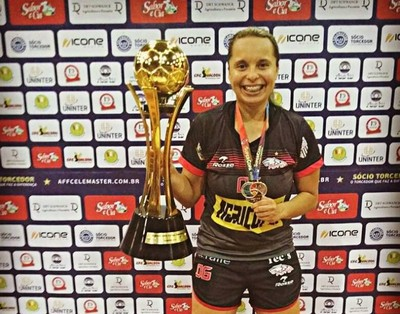Lidu, jogadora de futsal, petrolina (Foto: Lidu Alves / arquivo pessoal )