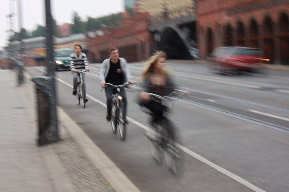 Bicicletas rodando em Berlim (Foto: Rafael Miotto / G1)