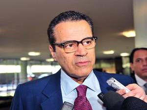Presidente da Câmara, Henrique Alves, dá entrevista sobre a pauta de votações da semana (Foto: Rodolfo Stuckert/Câmara dos Deputados)