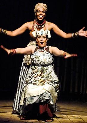 Peça traz elementos da cultura afro-brasileira (Foto: Divulgação)