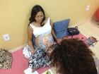 Doula reproduz em grávidas desenhos de ultrasonografia e paisagens em RO