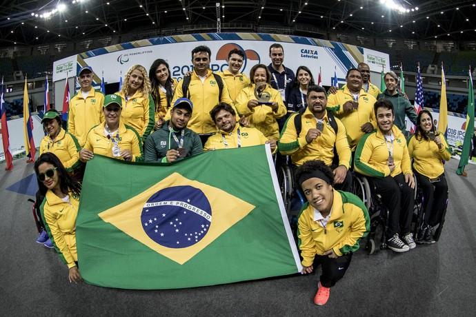 Equipe brasileira de halterofilismo evento-teste (Foto: Daniel Zappe/MPIX/CPB)