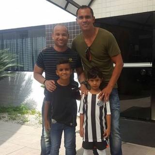 Giovanni foi convidado por Léo para amistoso do Santos contra o Benfica (Foto: Divulgação)
